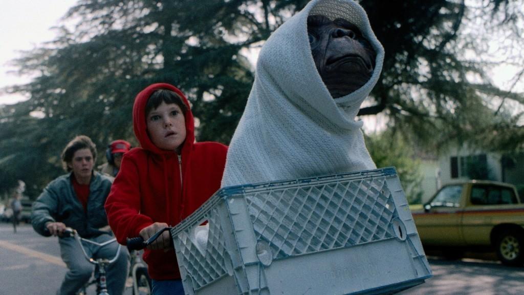 07 E.T. – L'extra-terrestre