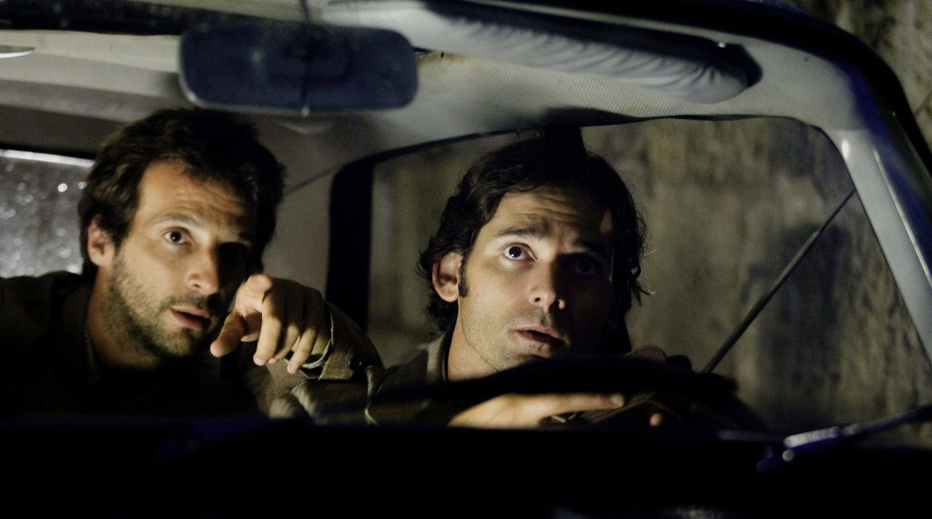 Robert (MATHIEU KASSOVITZ) and Avner (ERIC BANA) in a scene from STEVEN SPIELBERG?S ?Munich.?